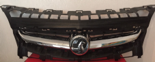 VAUXHALL  ASTRA J   GRILL  FRONT  ( IN TOP OF  BUMPER )   2013  2014  2015  GENUINE USED